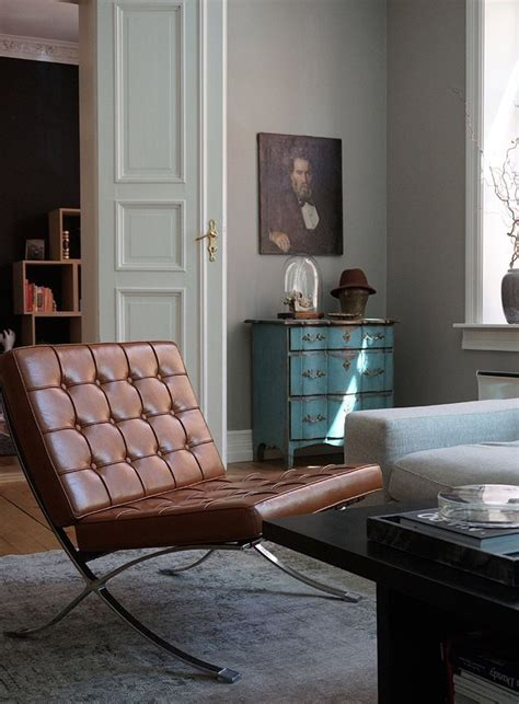 barcelona chair living room 17 best ideas about barcelona chair on ludwig mies der rohe eames and chair design