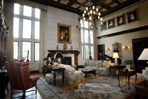 living and guest rooms kentucky kentucky manor house wildcat country luxury realtor com 174