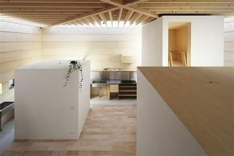 Minimalist Japanese Home by Japanese Minimalist Home Design