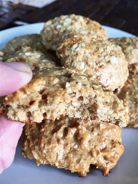protein oatmeal cookies honey oatmeal protein cookies biolayne
