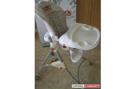 cl on high chair fisher price easy clean high chair lots of great features