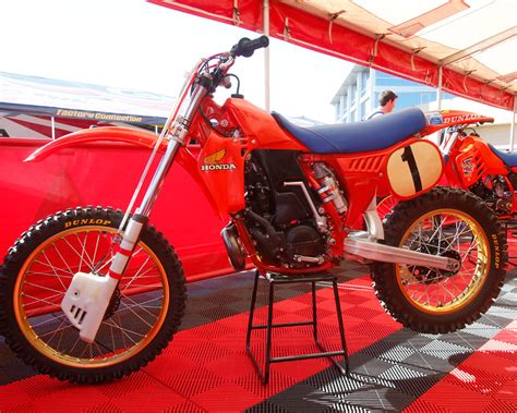 works motocross weekly retro 1982 works honda rc250r dirt bike test