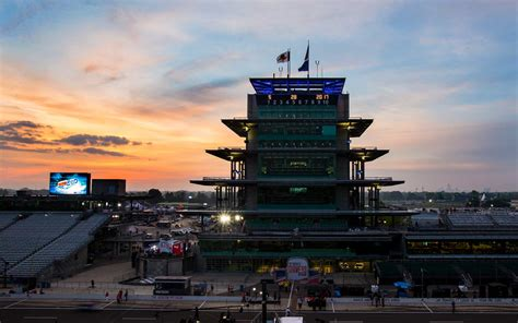 top bars in indianapolis visit indianapolis indiana top restaurants bars attractions travel leisure
