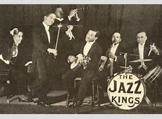 Entertainment-1920 - Home 1920s Jazz