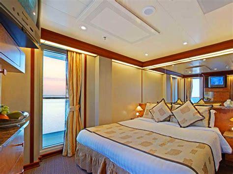 costa crociere cabine premium costa mediterranea photos vid 233 o et itin 233 raire du costa