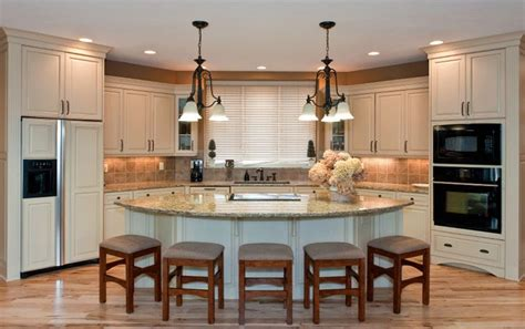 kitchen island with seating for 5 seating for five around this beautiful marble top island
