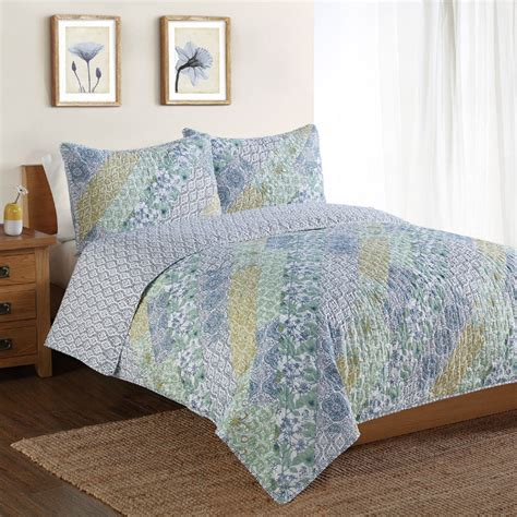 Quilts With Shams District17 Floral Patchwork Quilt With Pillow Sham