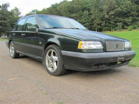 1995 volvo 850 sedan buy used 1995 volvo 850 turbo sedan 2 3l parts or repair
