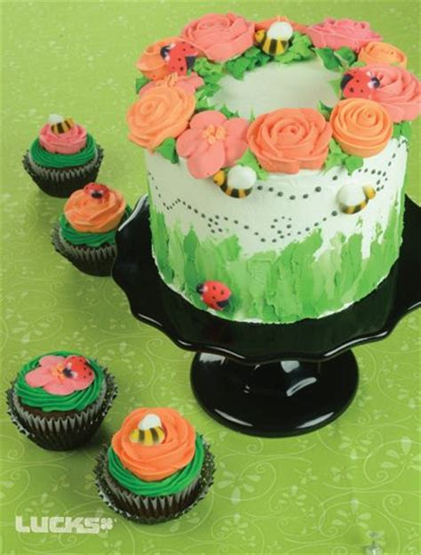 lucks food decorating company cake decorations and cake decorating ideas cakes pinterest 23 best winter desserts by lucks images on pinterest