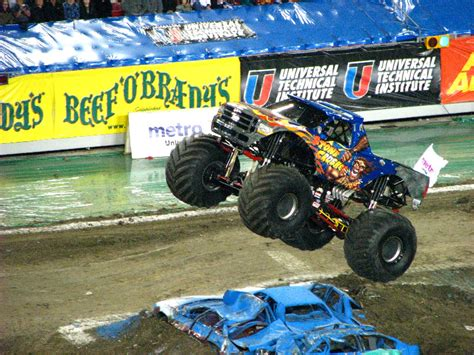 monster truck show south florida monster jam raymond james stadium ta fl 175