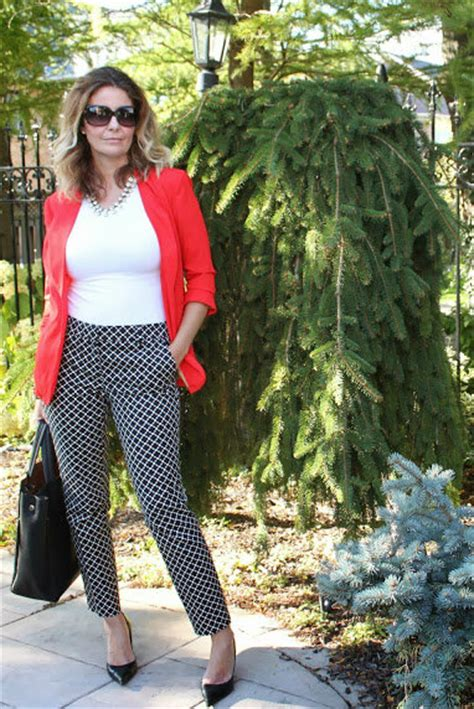 how to wear printed pantstrousers fall2013 pinterest how to wear printed pants like a 40 blogger