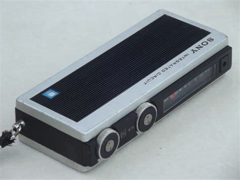 integrated circuit radio vintage sony integrated circuit transistor radio mini handheld radio