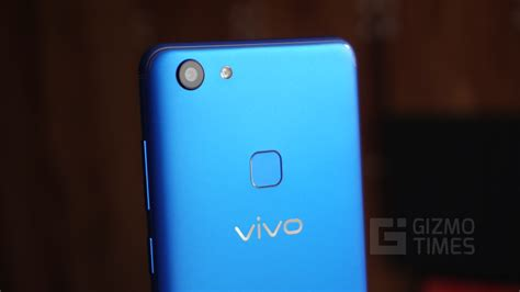 vivo v7 vivo v7 energetic blue best features of the phone