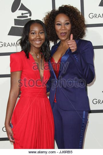 yolanda adams daughter taylor ayanna crawford how old is taylor ayanna crawford yolanda adams stock