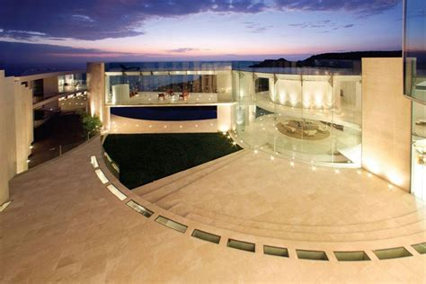la jolla most front residence goes to auction