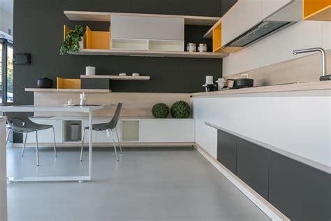 cucine ad cucina ad angolo scavolini modello foodshelf scontata
