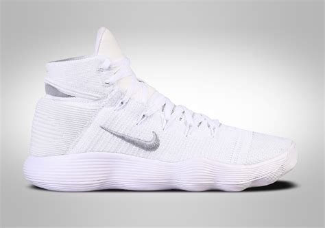 Sepatu Nike Hyperdunk 2017 Flyknit Low Basket Blue Yellow Biru nike hyperdunk 2017 flyknit white price 152 50
