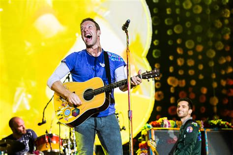 coldplay announce new music in 2017 one news page video coldplay announce first tour dates of 2017 see ticket