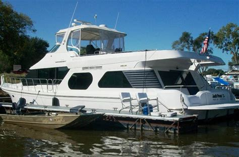 bluewater custom boats 2007 bluewater yachts 65 legacy custom in cascade ia toy