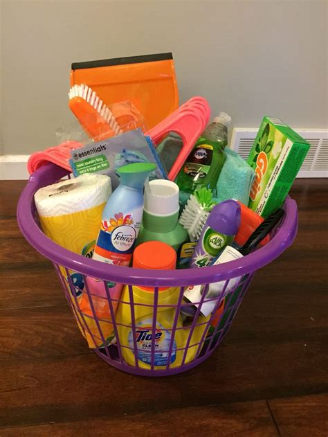 gifts for a college 25 best ideas about graduation gift baskets on