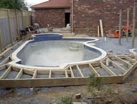 Landscape Timbers Around Pool Melbourne S International Garden Concepts Decks Around Pools