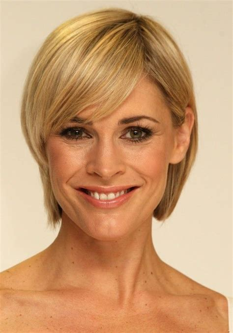 women with narrow faces 100 best short haircuts for round faces and thin hair
