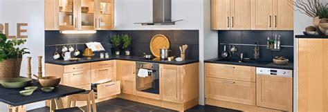 cuisine non int馮r馥 les meubles de cuisine en bois
