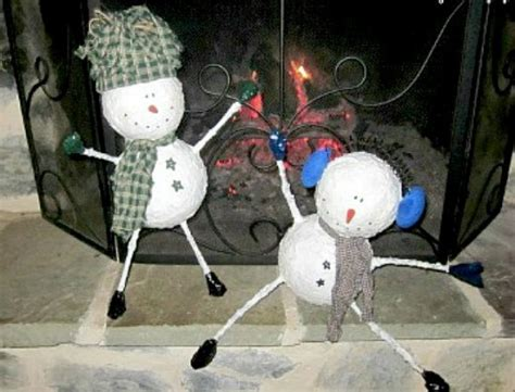 paper mache snowman new year decorations ornaments christmas 51 amazing crafts using newspaper feltmagnet