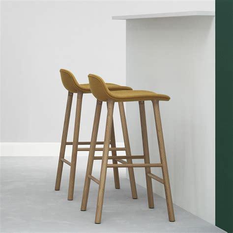 sgabelli legno form sgw up sgabello normann copenhagen in legno seduta