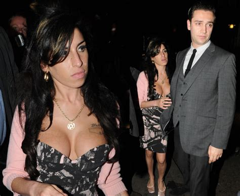 Winehouse Engaged by Pictures Of Winehouse With Boyfriend Reg Traviss Out