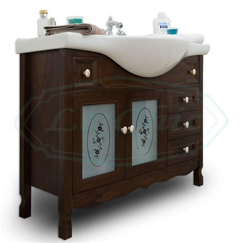 arredo bagno classico prezzi mobile bagno in legno in stile classico noce con lavabo