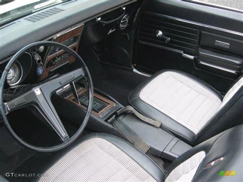 houndstooth interior camaro black houndstooth interior 1968 chevrolet camaro