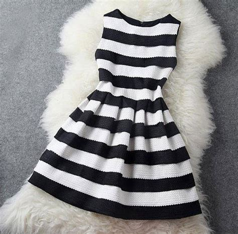 Dress Black White Stripes black and white stripe dress pictures photos and images