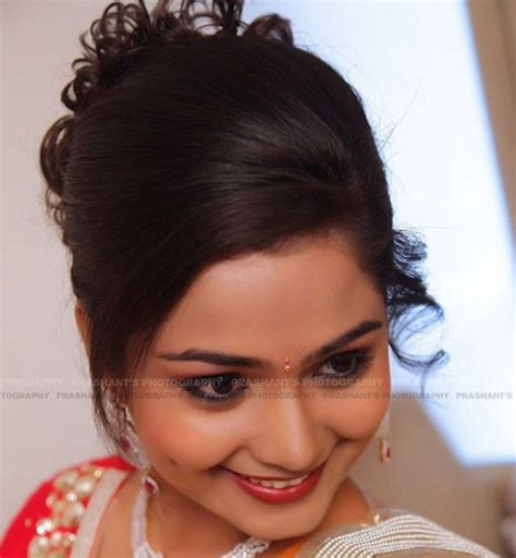 Wedding Hairstyles Side Swept Bun by Side Swept Hairstyle With Bun For Indian Weddings