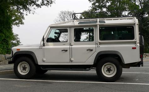 land rover defender turning circle defender 90 vs defender 110 which should you get