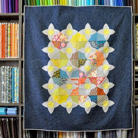 meadow quilt pattern lizzy house 17 best images about meadow quilt ideas on pinterest
