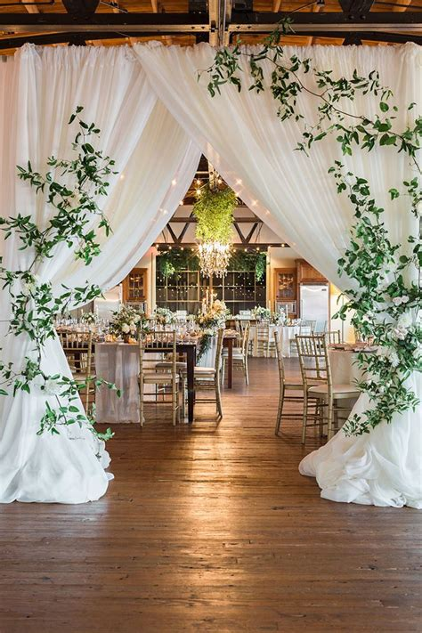 earthy  organic wedding style  modern greenery