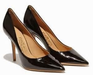 Harga Sandal Hak Tinggi Merk Gucci model sepatu ferragamo high heels terbaru aneka