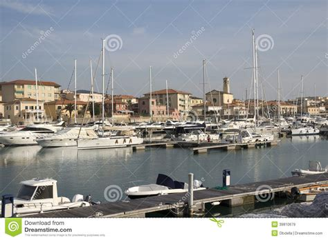 porto di san vincenzo porto di san vincenzo livorno toscana immagine stock