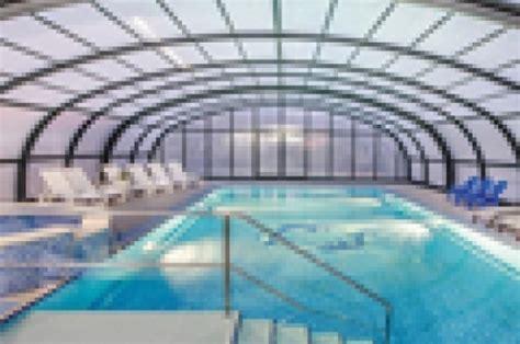 des abris de piscine de grande largeur pour cings et
