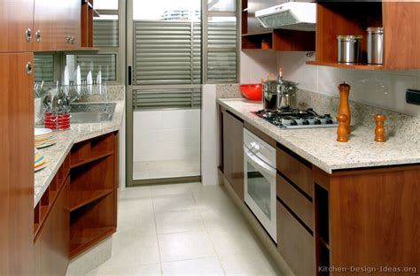 Kitchen Ideas For Medium Kitchens Pictures Of Kitchens Modern Medium Wood Kitchen Cabinets Kitchen 12