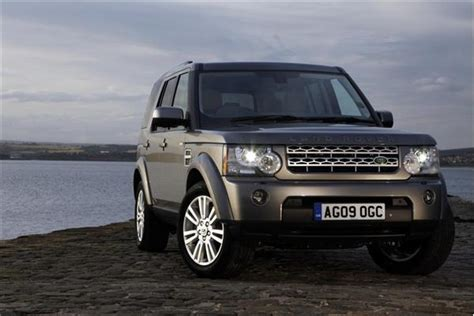 land rover discovery 4 review australia review 2011 land rover discovery review and road test