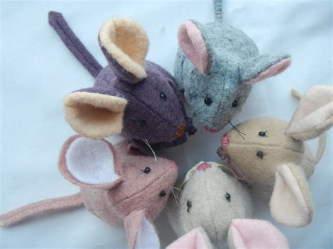 pattern for making felt mice mouse sewing pattern pdf 4 inch tall wool felt toy