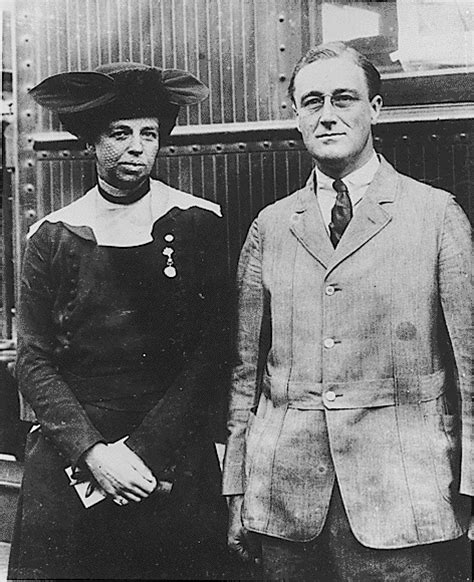 fdr eleanor the lives and legacies of franklin and eleanor roosevelt books file franklin d roosevelt and eleanor roosevelt 1920 jpg
