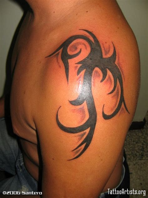 guy shoulder tattoos designs tribal shoulder for