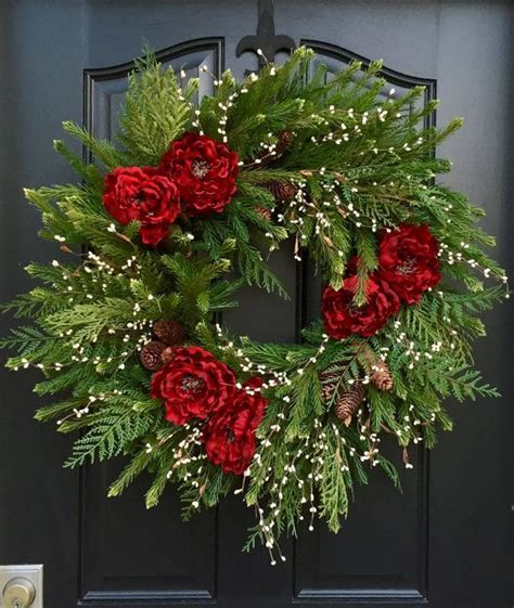 best 25 christmas wreaths ideas on pinterest diy