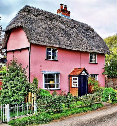 Pink Cottage by Pin By M B On Pink Paradise