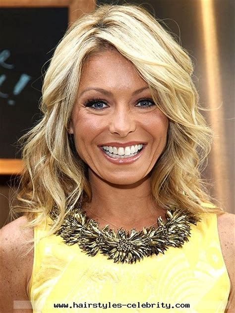 kelly ripa with curls 1000 ideas about kelly ripa haircut on pinterest hair