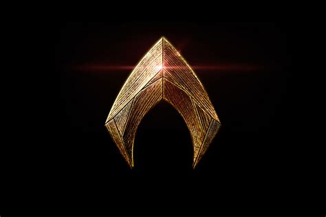 Aquaman Logo sdcc 2016 both dc and marvel reveal new logos shiny