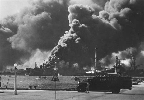 pictures from pearl harbor attack attack on pearl harbor in pictures 1941